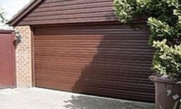 redony garazskapu 02 Redőnytokos garázskapu